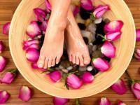 Как размягчить ногти на ногах в домашних условиях? Ванночки для ног, компрессы, кремы и мази. Чем размягчить ногти при грибке, как смягчить ногти на ногах у пожилых людей?