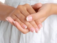 Как отбелить ногти — лучшие способы отбеливания в домашних условиях. Рецепты отбеливания — лимон, сода, зубная паста, уксус, морская соль