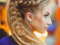 Косая коса прическа