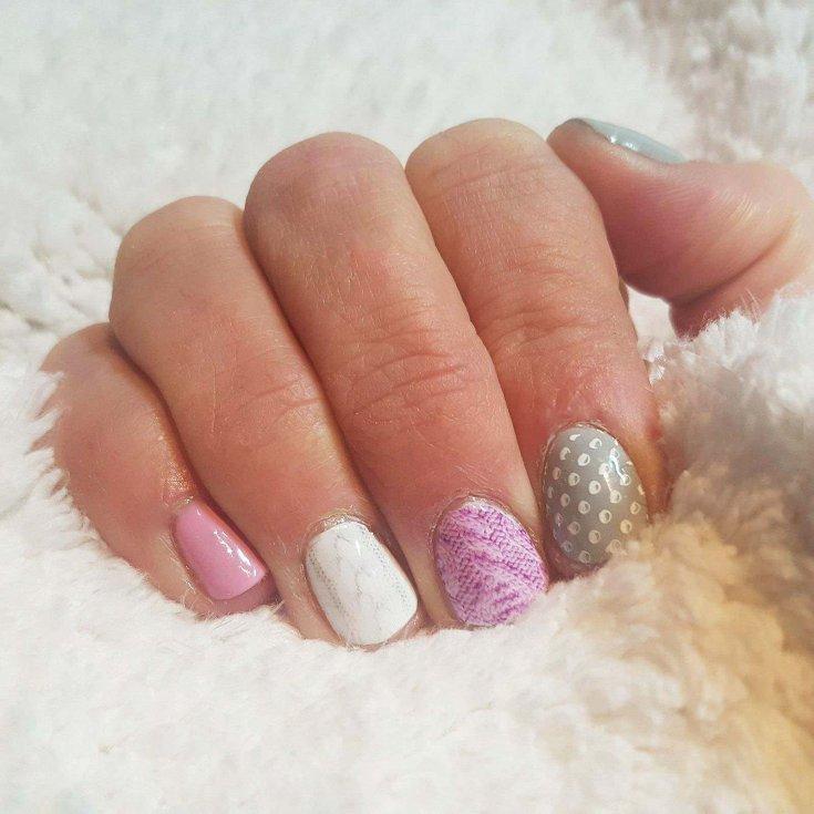Как аккуратно и ровно накрасить ногти, не испачкав кутикулу, кожу на руках и ногах? Как красиво накрасить ногти гель лаком, шеллаком, черным, красным, розовым, белым, обычным лаком и двумя цветами?