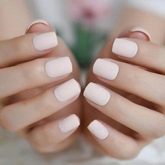 Нюдовый маникюр — тренды сезона и стильные варианты применения на коротких и длинных ногтях (105 фото + видео)