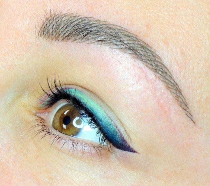 практикуется цветной татуаж глаз фото рыжих красок