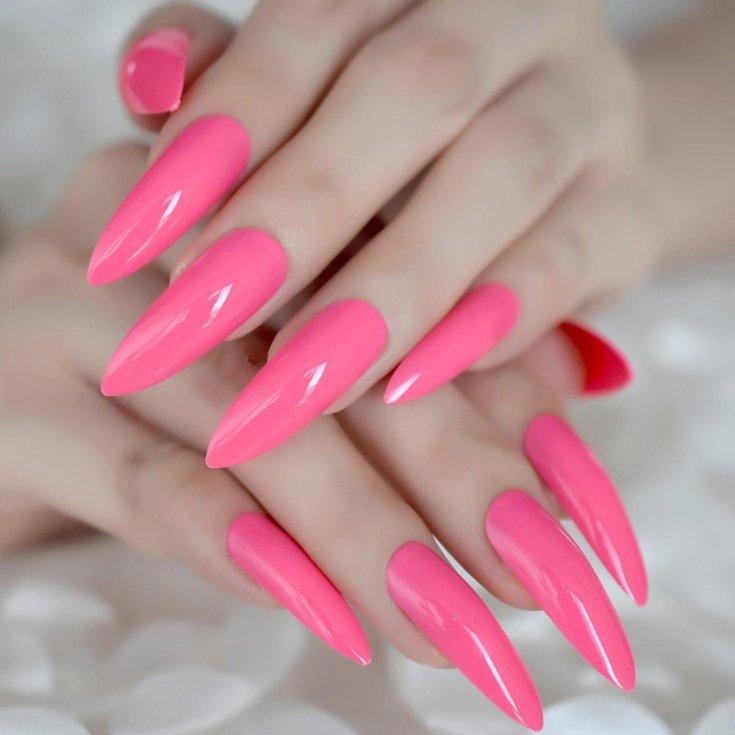 Маникюр на острые ногти: 35 идей дизайна на фото | 735x735