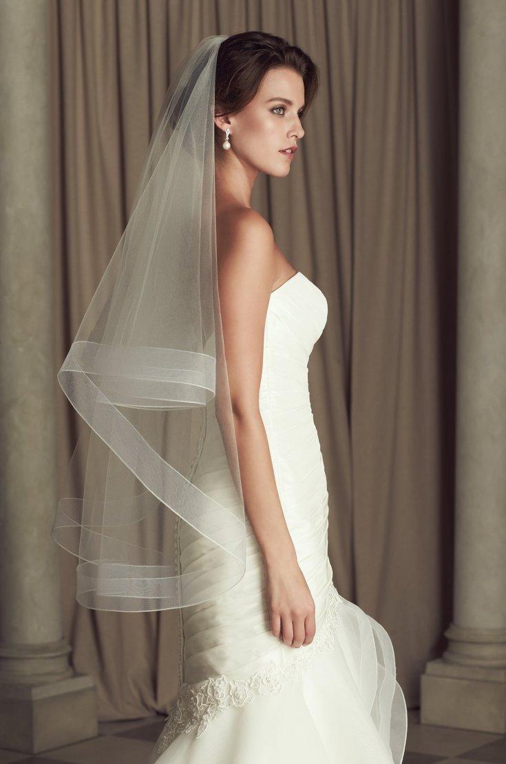 Идеи свадебных причесок с челкой